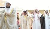 """بالصور.. أمير جازان بالنيابة يؤدي صلاة الميت على """" الحريصي """""""