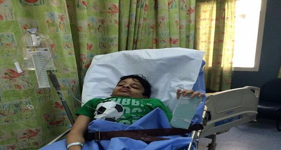 قصة طفل أعياه المرض وأبعده عن الحياة وأنقذته الجهات المختصة (صور)