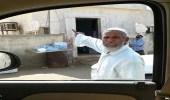 بالصور.. لص يسطو على مقبرة بجازان أثناء أداء صاحبها لصلاة الجمعة