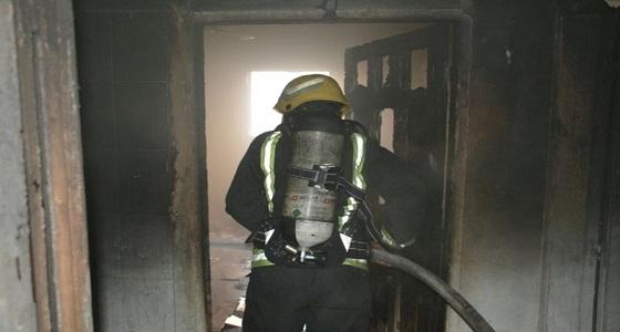 """"""" مدني جدة """" يٌنقذ 4 حالات من حريق هائل بشقة سكنية"""