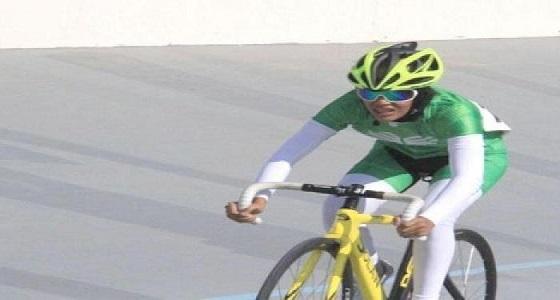 أول مشاركة نسائية بالمملكة في بطولة دراجات الإمارات