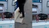 بالفيديو.. عصابة تركية تعتدي على كويتي لسرقة نقوده