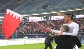 بالفيديو..نائب اتحاد الكرة البحريني يحتفل في شوارع الكويت بعد الفوز على قطر