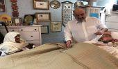 بالصور.. الأمير طلال بن عبد العزيز في زيارة لحفيده بالمستشفى
