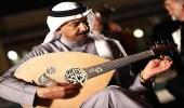 عبادي الجوهر يطلق مسابقة لأفضل عازف والجائزة عود
