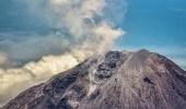 تراجع نشاط بركان جبل أجونج في جزيرة بالي الإندونيسية