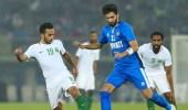 """بعد فوز """" الأخضر """" .. الإعلاميون يسخرون من رد فعل """" مبارك """""""