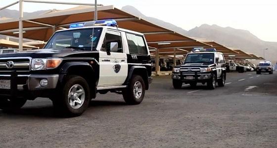 """ضبط """" 592272 """" مخالفًا لأنظمة الإقامة والعمل وأمن الحدود"""