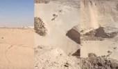بالفيديو.. خطر يهدد السائقين بمنطقة شرق الرياض