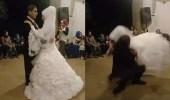 بالفيديو.. حماس عريس يضع عروسته في موقف محرج أمام المعازيم