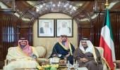 وزير الداخلية يلتقي رئيس الوزراء ووزير الدفاع الكويتي