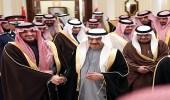 سمو وزير الداخلية يلتقي رئيس الوزراء بمملكة البحرين