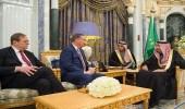 خادم الحرمين يستقبل رئيس المجلس الأطلنطي