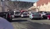 بالفيديو.. شاب يمارس التفحيط أمام مدارس بمكة المكرمة
