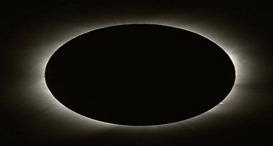 أصغر قمر محاق فى 2018 بسماء العرب اليوم منهيا دورة اقترانية حول الأرض