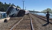انحراف قطار يقل 60 راكبا عن قضبانه بواشنطن
