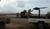 بالفيديو.. ضرب عنيف بالأسلحة الثقيلة على المدنيين في عدن