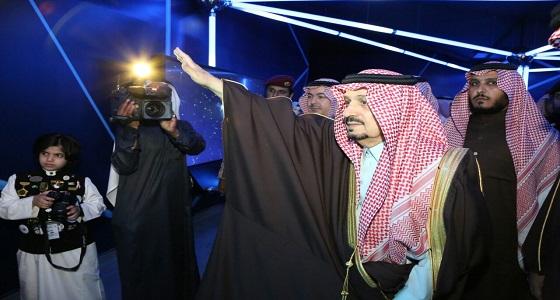 بالصور.. أمير الرياض يفتتح واحة الملك سلمان للعلوم بحي العليا