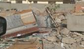 """بالصور.. """" بلدية ينبع """" تستنكر إلقاء القمامة في الشوارع والحدائق"""