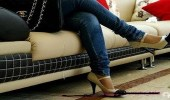 أضرار الجلوس ساقا فوق الأخرى
