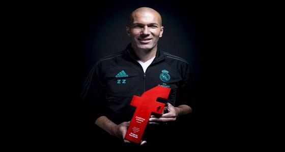 زيدان يتوج بجائزة أفضل مدرب فرنسي