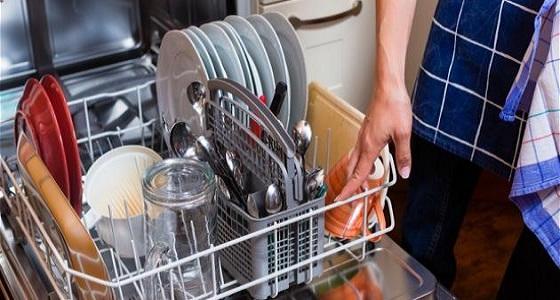 غسالات الأطباق تتسبب في الإصابة بأمراض التسمم الغذائي