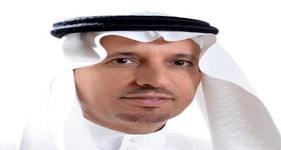""""""" العمل """" تصدر قرارا بقصر العمل في 12 نشاطًا على السعوديين والسعوديات"""