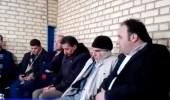 بالفيديو.. مسؤول إيراني يعتدي لفظيًا على صحفي أثناء التقاطه صورًا
