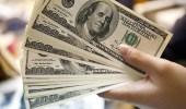 تراجع الدولار في التداولات الأولى من 2018