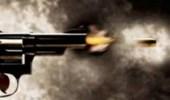 مواطن يقتل أخر بطلق ناري ويسلم نفسه لشرطة عسير