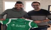 """"""" محمد بن عمر """" ينضم للأهلي رسميًا"""
