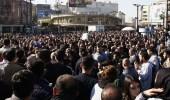 محتجون إيرانيون يحرقون الحوزة العلمية في كرج