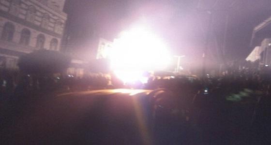 """بالصور.. انفجار في محطة وقود أمام القاعدة الإدارية بـ """" ذمار """" اليمنية"""