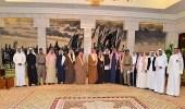 بالصور.. أمير الرياض يجتمع بأعضاء برنامج إخلاء وإزالة المباني الآيلة للسقوط