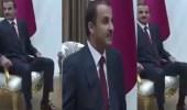 بالفيديو.. الارتباك يسيطر على تميم في زيارته لتركيا