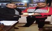 بالصور.. شاب مصري يتمكن من إعادة الهواتف المسروقة لأصحابها