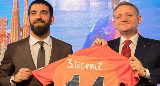 """نجم برشلونة السابق يوقع رسميا مع  """" باشاك شهير """" التركي"""