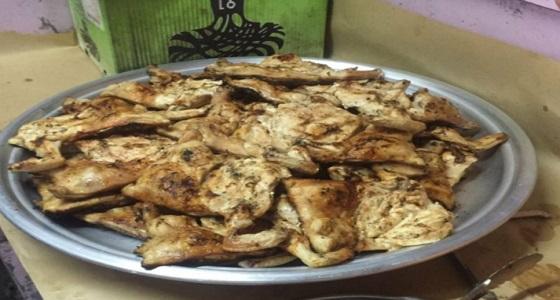 بالصور.. أمانة نجران تضبط أغذية فاسدة بمطاعم وبوفيهات في حبونا