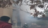 حرق حوزة علمية في مشهد بإيران