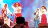 بالفيديو.. فتاة تعلم ميريام فارس الرقص السعودي على المسرح