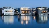 بالصور..شركة معمارية تصمم فيلات عائمة يمكنها الصمود أمام الفيضانات