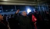 بالصور.. متظاهرون يقتحمون مبنى وزارة العمل اليونانية
