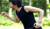 الاستماع للموسيقى أثناء التمارين الرياضية يجهد النفس ويعرضك للمخاطر
