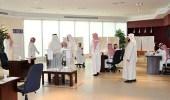 كاتب سعودي يقترح خفض الدوام الرسمي إلى 6 ساعات