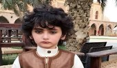 بالصور.. طفل سعودي يشعل مواقع التواصل بملامحه العربية الأصيلة