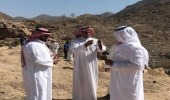 """الحدود الإدارية بين """" الليث """" و """" أضم """" تؤجل نقل قبر طريق سفوح الجبال"""