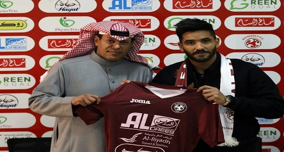 بالفيديو.. صالح جمعة: سعيد بتواجدي في دوري قوي كالدوري السعودي