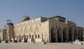 مستوطنون يقتحمون المسجد الأقصى تحت حراسة قوات الاحتلال