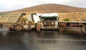 إصابة شخص إثر اصطدام شاحنة بأخرى على طريق الطائف