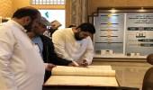 مخطوطات قديمة وشهادات أثرية بجناح هيئة الزكاة والدخل في الجنادرية